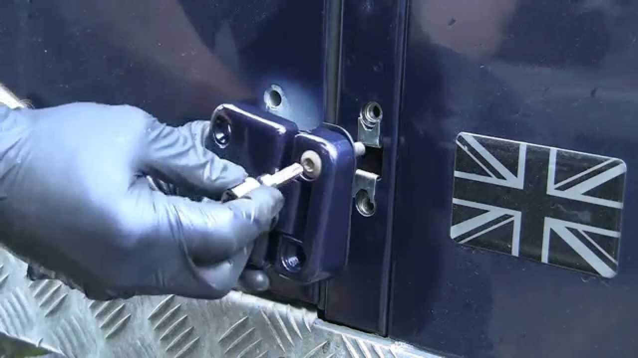 2011 Defender Door Hinge Replacement Youtube
