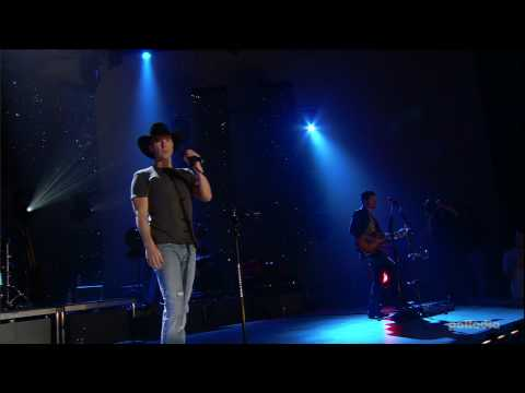 Kenny Chesney - On The Coast Of Somewhere Beautiful HD (Live)