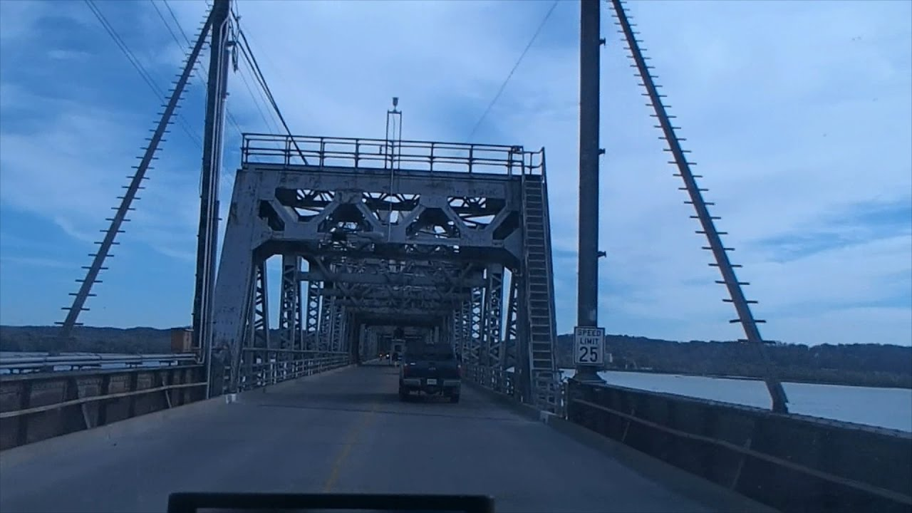 BNSF Bridge - Fort Madison - YouTube