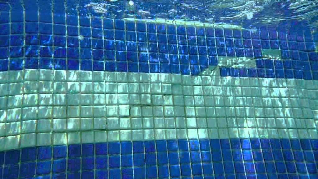 Localizar fuga en piscina y su reparacion sin vaciar scuba for Reparacion piscinas barcelona