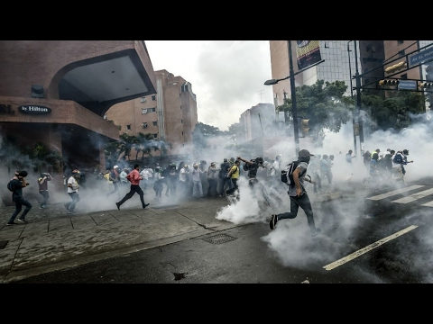 Venezuela: Teenager protestor dies as political unrest continues