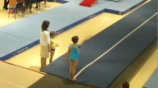 Кабанова Влада, 7 лет -  опорный прыжок