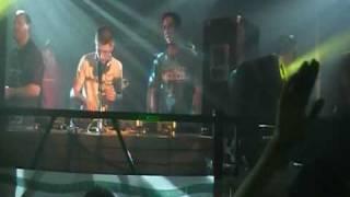 2 Raverz Present With The Crowd [Kaemon Remix] LIVE!