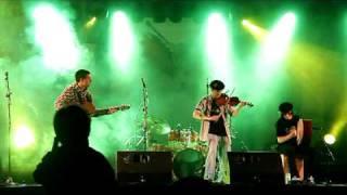 (7/34)FOLKOMILLAS 2010 / (6/8) BRUMA FOLK / canción POPURRÍ IRLANDÉS