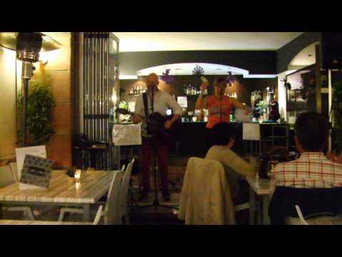 Doble Juego, Brujas Lounge, Clip 2