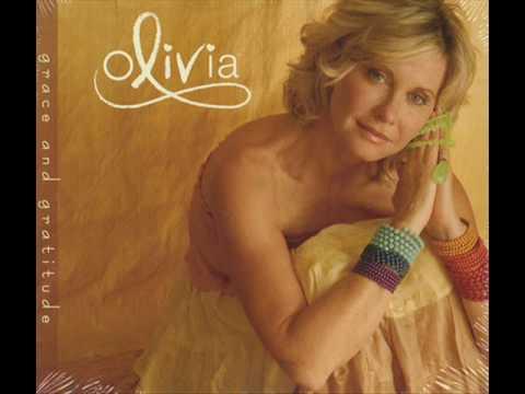 Tala al Badru alayna, Olivia Newton-John