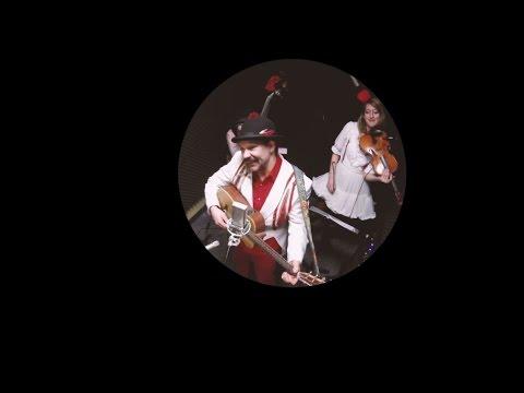 Blackberry Wood - The Strong Man (CFUR Live Session)