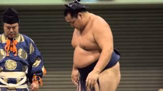 大相撲地方巡業 札幌場所 トーナメント大会 1回戦の模様。 Nikon1 J4 FT...