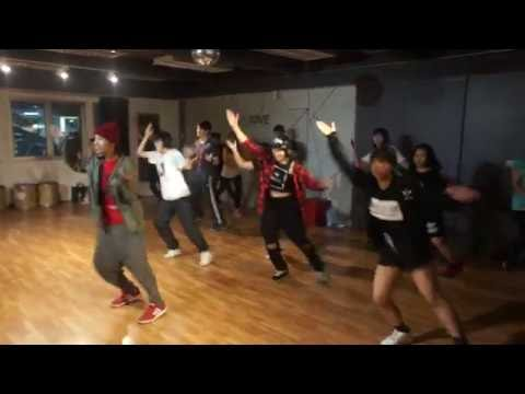 Basic Hiphop Class : Groove Studio : Bangkok 02-6111598 : ติดBTSราชเทวี