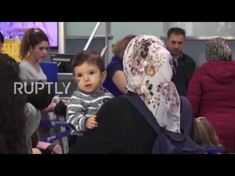 Greece: 234 refugees deported to France as part of EU relocation deal