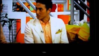NHKのスペイン語講座から 「(カサブランカの花束をもらって)私はとて...