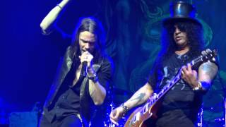 Slash feat Myles Kennedy - Starlight Live at The Olympia Dublin Ireland 2013