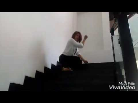 SQuat Shit Challenge dance