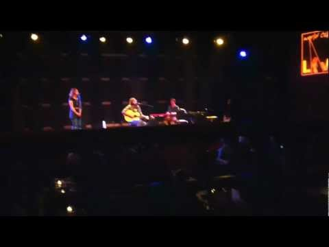 Neil Halstead - In Love With A View (live @ World Cafe Live 10/3/12)