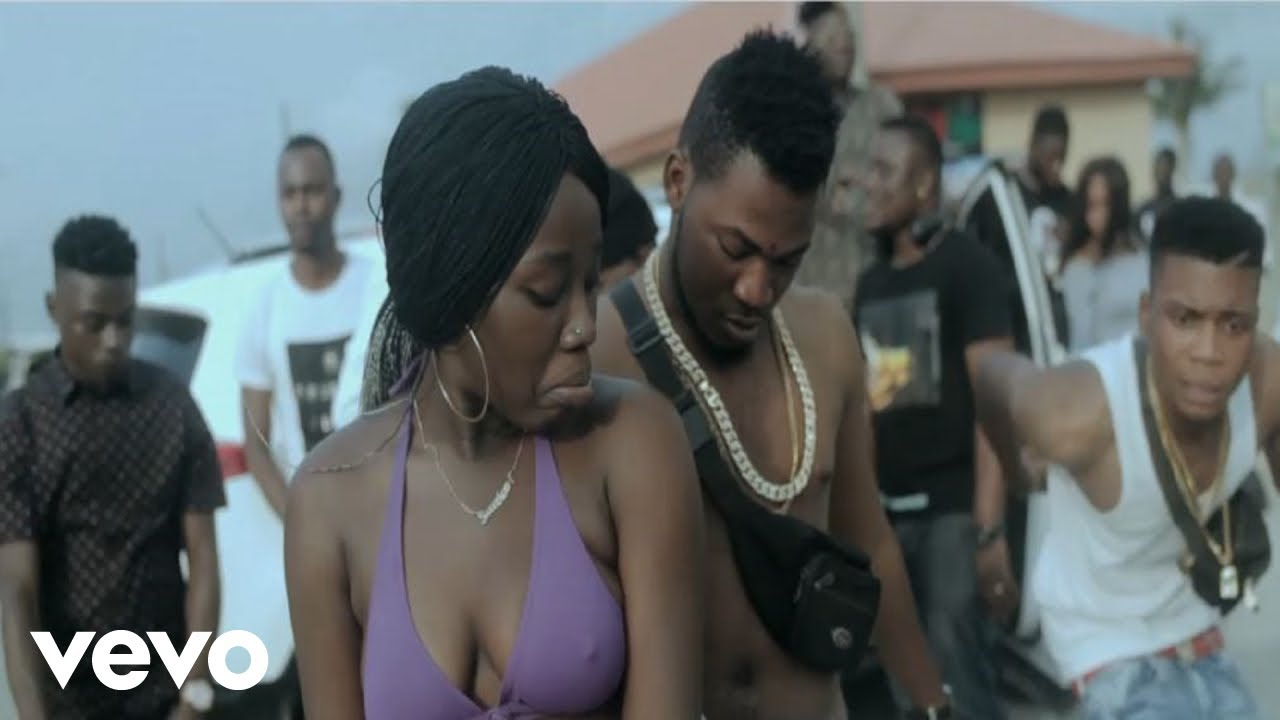 Download Ecrown - Tramadol [Official Video] ft. Oba Flow