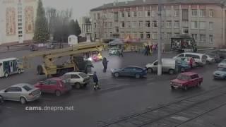 видео Угнали автомобиль. Что делать?