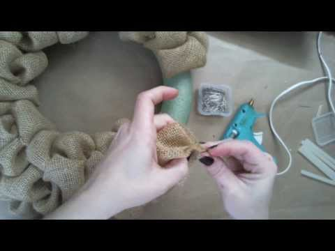 How Video On How To Make A Burlap Wreath