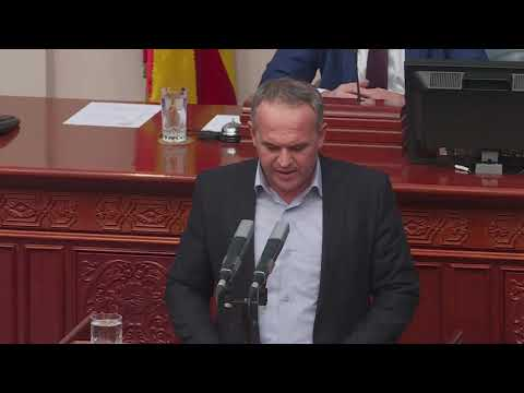 Përplasje për deputetët e përjashtuar nga VMRO-ja