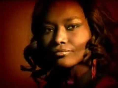 African Divas - Senegal - Mbalax - Coumba Gawlo Femme Objet_xvid.wmv