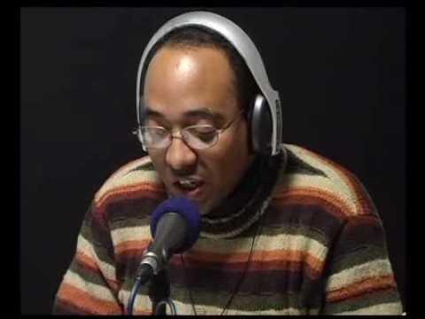 Mesa de radio-Poesía de... Julián del Casal