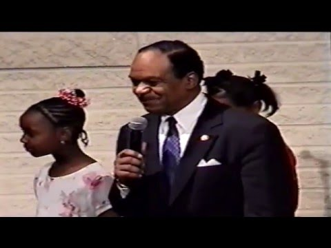 Clip 5 - Missionary Miller introduces DC Congressman Walter Fauntroy