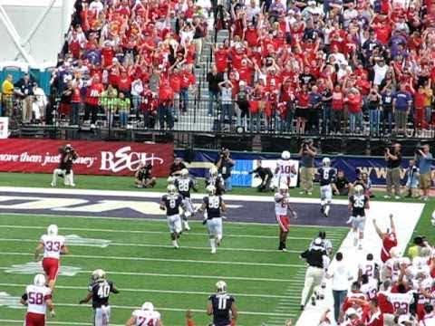 Nebraska Football - Roy Helu breaks 65 yard run. Inside ...
