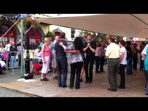 The Antrim Square and Caledonian sets with the Glenside Ceili Band