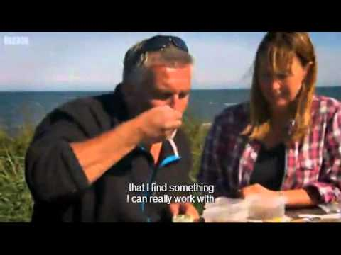 Seaweed, Apple And Blackberry Crumble Recipe - Paul Hollywood