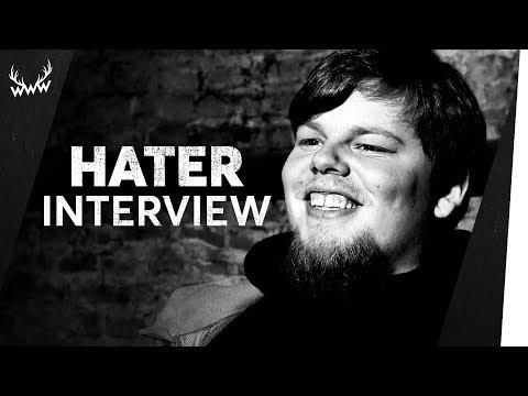 'Was macht mehr Spaß: Schmatzen oder f*cken?' | TANZVERBOT im Hater-Interview