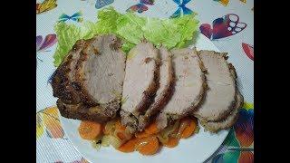 Свинина запеченная в духовке с овощами (карбонат)