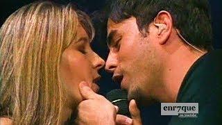 Enrique Iglesias - LIVE kissing a fan