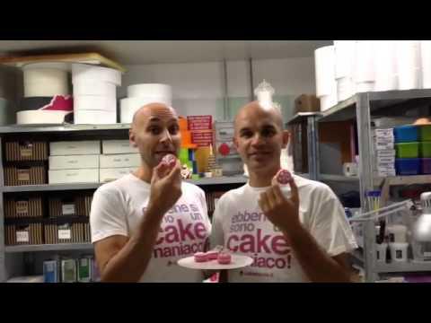 Nastrorosa - Red Carpet Cake Design e i macaron con ghiaccia reale #yeswecakeinpink #nastrorosa