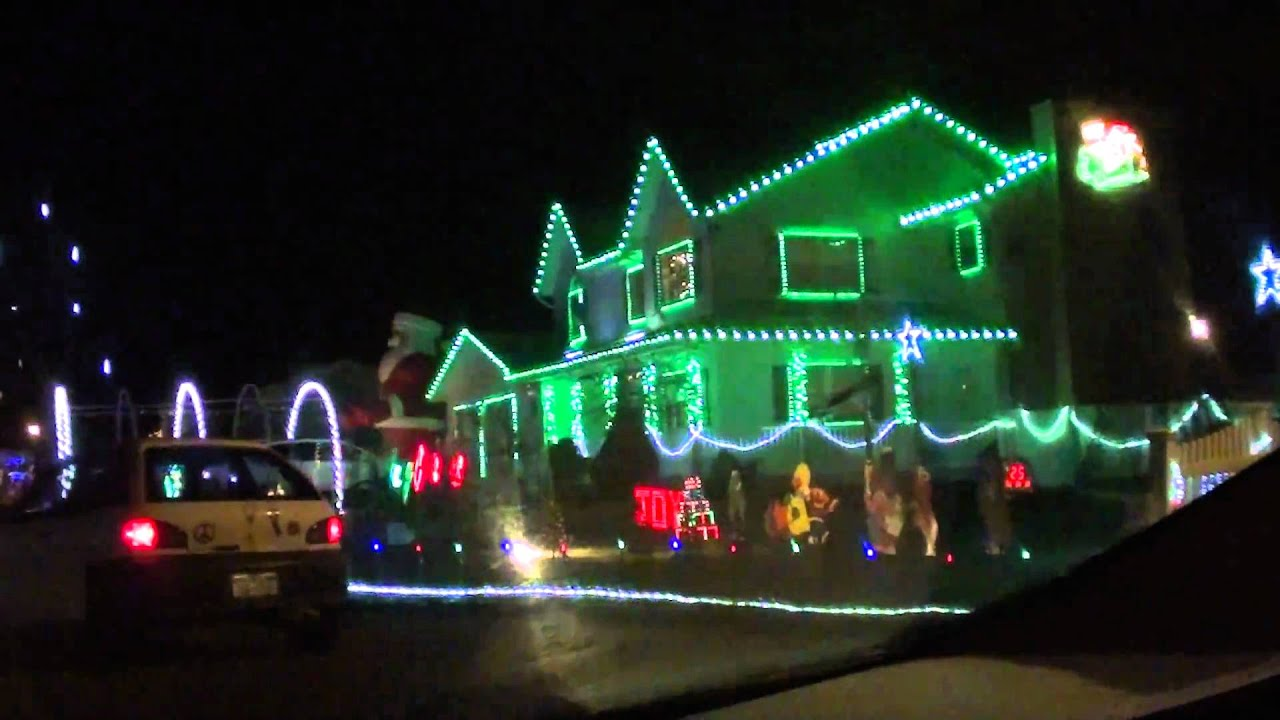 The Best Dancing Christmas Lights Ever - YouTube