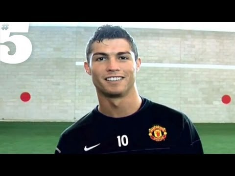 Cristiano Ronaldo Freestyle Skills  5 Players Lounge