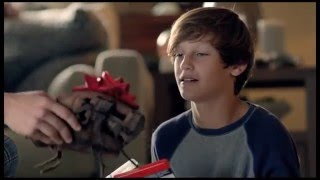 DICK'S Sporting Goods Commercial - The Glove