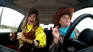 Едем когда в машине заиграла любимая песня