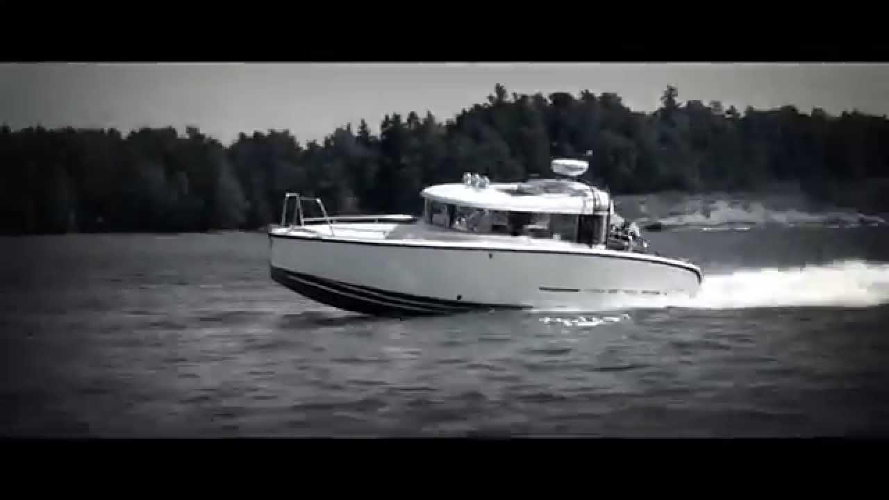 катер со стационарным двигателем для рыбалки