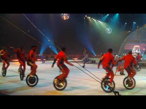 2016 opening ringling bros and barnum & Bailey out of this world staples center