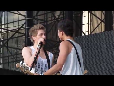 5 Seconds of Summer - Try Hard - July 5, 2013