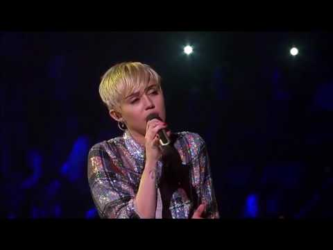 Miley Cyrus - The Scientist - Live in New Orleans