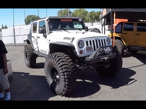 42 maxxis tires on a jeep jk offroad expo youtube. Black Bedroom Furniture Sets. Home Design Ideas