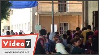 بالفيديو.. توافد طلاب الثانوية على مكتب التنسيق ثالث أيام سحب استمارات اختبار القدرات