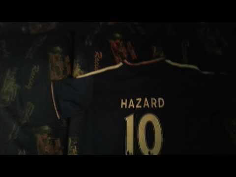 Футбольная форма Арсенала и Челси