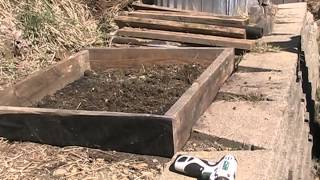 Easy Potato Planter Box
