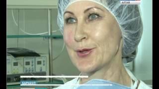 76-летняя медсестра из Алтайского края помнит фамилии всех пациентов и их диагнозы