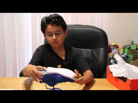 unboxing-of-nike-free-5.0-kids'-running-shoe-blue