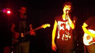 Wigwam Squaw 'Eyes' - Live @ L'Espace B (07-10-2011)