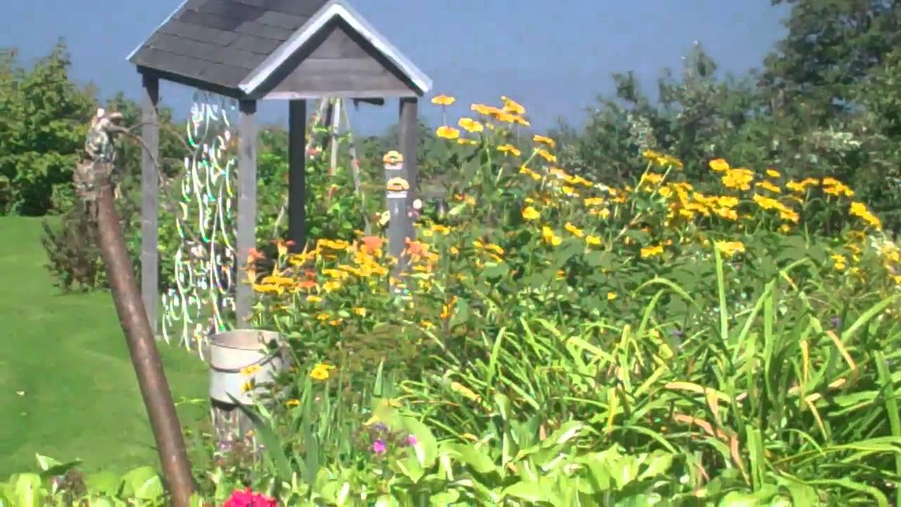 Magnifique jardin fleuri.mp4 - YouTube