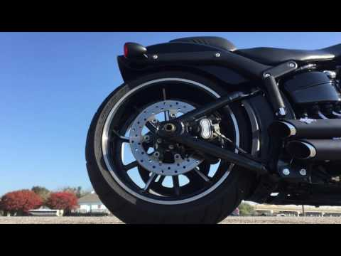 Harley-Davidson FXSB Breakout Airride Exhaust Sound (Tanner from Virgina)