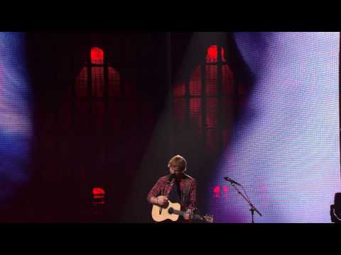 Ed Sheeran - Bloodstream (Live) (iTunes Festival 2014)